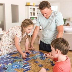 Family Games & Puzzles